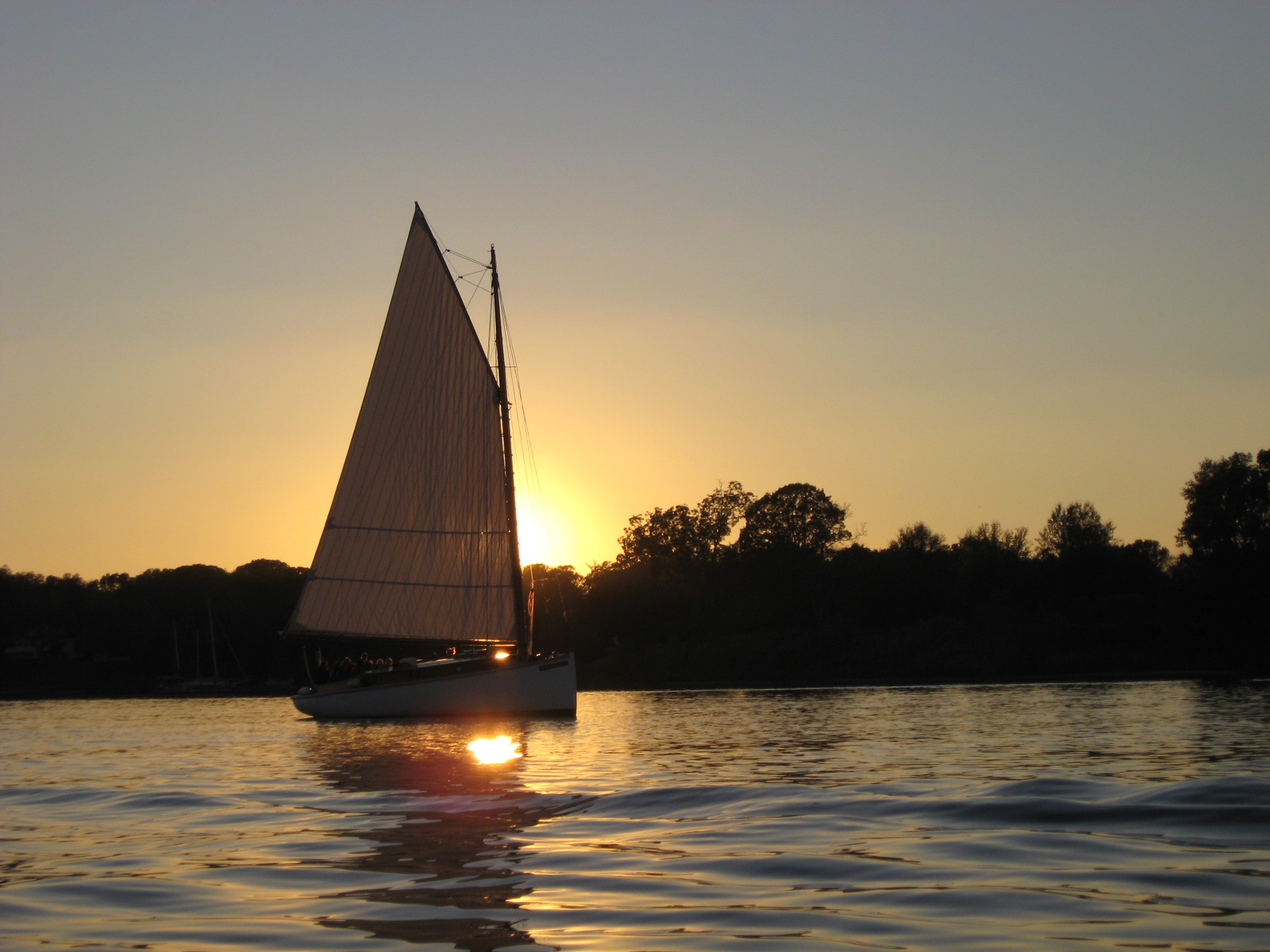 sunset cruise, sail selina, st michaels md, champagne cold beer wine.JPG